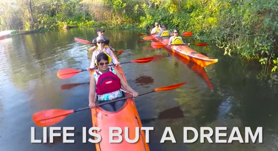 Kayaking-at-Ibera